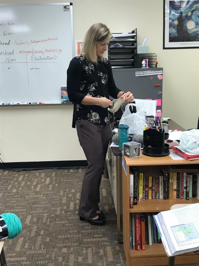 World Geography teacher Casey Penner starts making a type of Peruvian Folk Art. Penner wanted her students to gain an appreciation of art in other cultures.