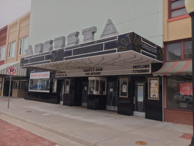 The+Augusta+theater+sits+in+the+500+block+of+State+Street.+The+theater+is+known+for+its+artwork+and+production.+