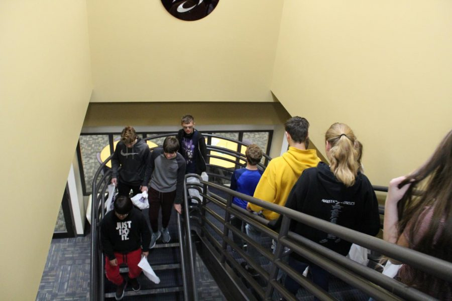 Members of the freshman class tour the Butler Community College campus April 3. Freshmen went to Butler April 3 and 4 based on when their English class met. Current Butler students took four different groups around campus.