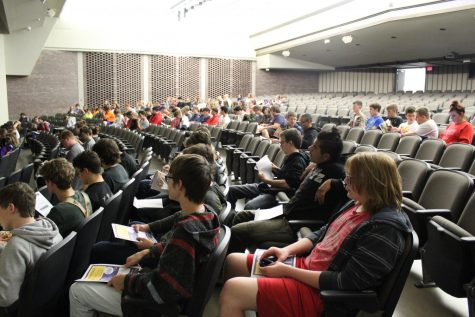 Juniors attend a class meeting Oct. 9 to discuss fundraising, themes, and setting up.  This year was the first time in over a decade that a vote was not necessary to determine the prom theme.