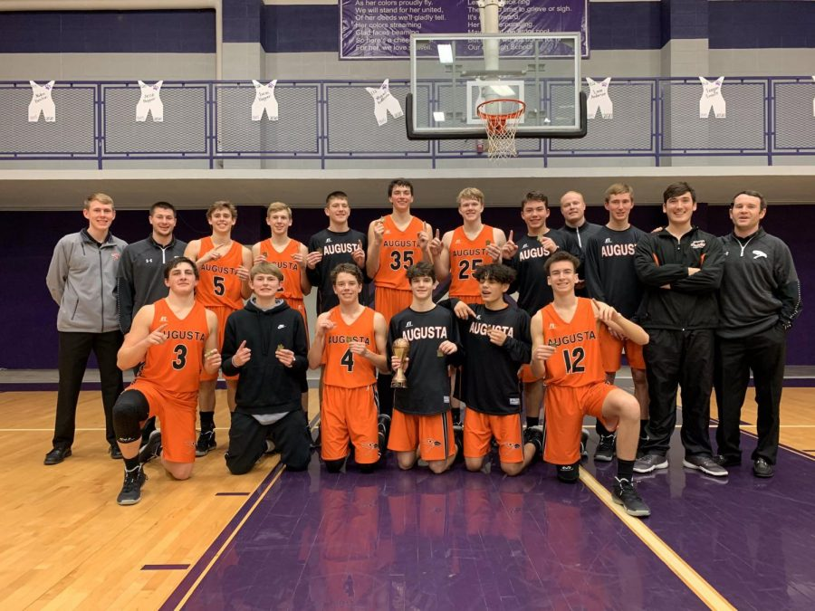 Boys+varsity+basketball+played+in+the+Baldwin+Invitational+tournament+on+Jan.+21-25.+The+boys+ended+up+winning+the+tournament%2C+beating+J.C.+Harmon+High+School+54-46+in+the+championship+game.